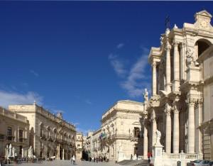 sycylia-Piazza-del-Duomo